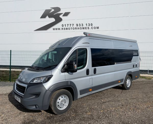 Used AUCKLAND RACE TRUX RACE EDITION in Retford, South Yorkshire for sale
